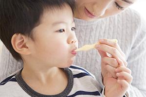 お子さまの歯の治療